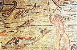 Рыбная ловля - аллегория апостольского служения. Мозаичный пол базилики в Аквилее, Италия (314 год)